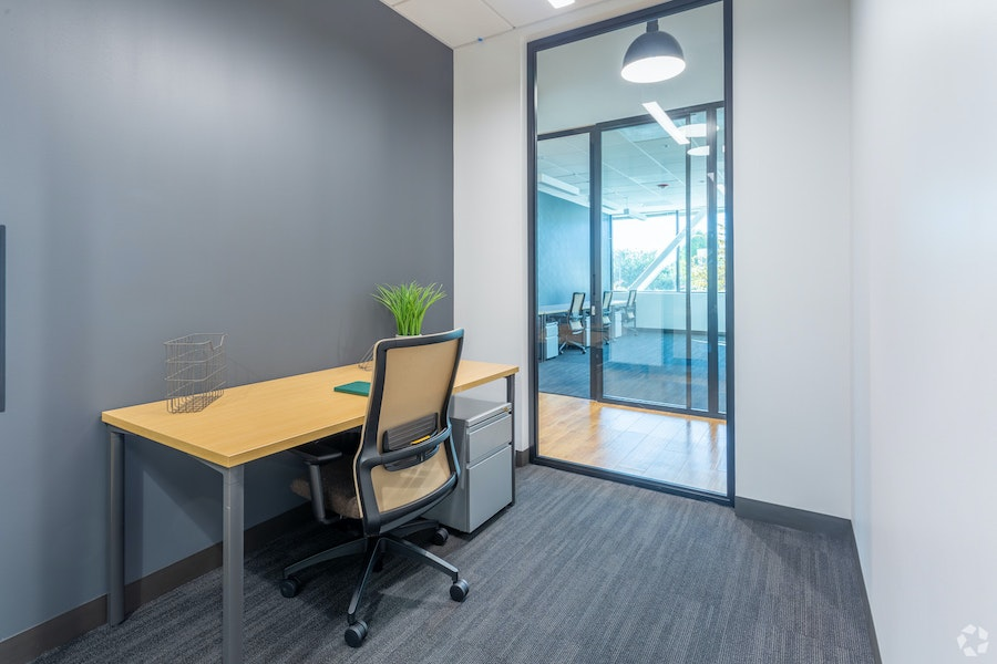 1 Person Office