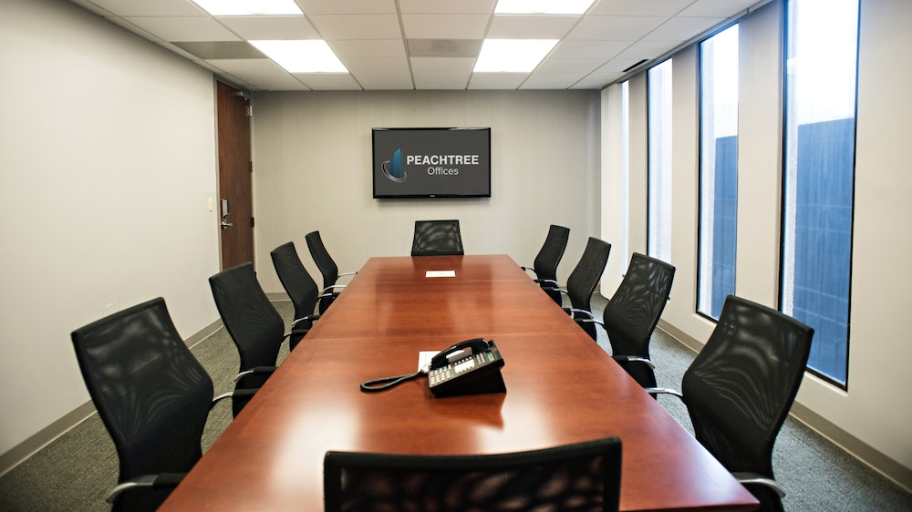 14 Person Conference Room | Downtown