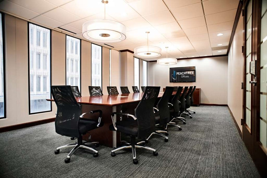 16 Person Conference Room | Downtown