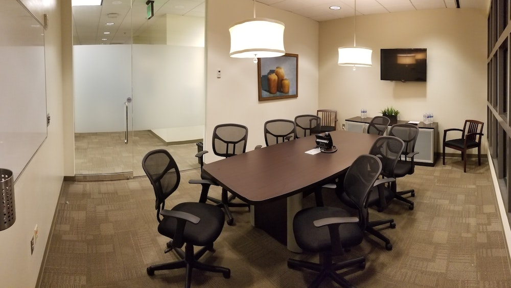 8 Person Conference Room | Midtown