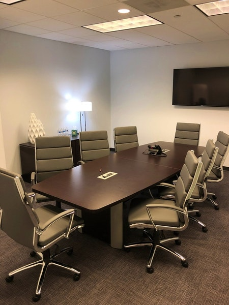 8 Person Conference Room | Dunwoody