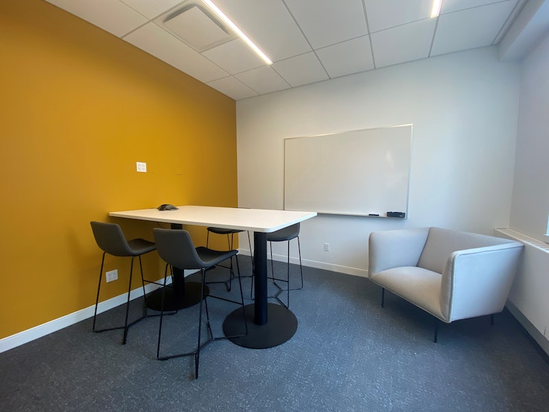 Ashland Meeting Room - up to 4 people