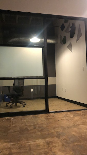 Avocado Room: 8-Person Meeting & Conference Room in Industrial Coworking Space
