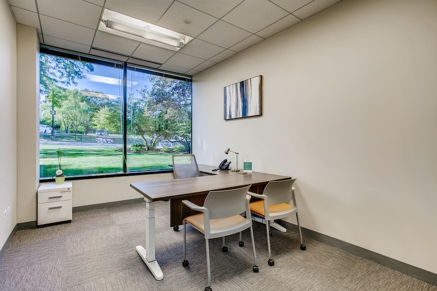 Single Exterior Private Office