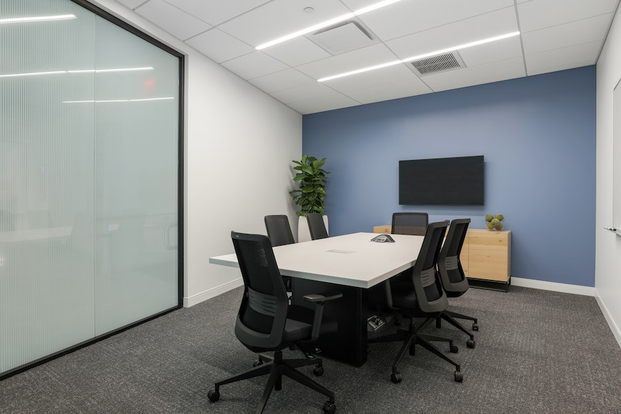 Fulton Meeting Room - up to 6 people