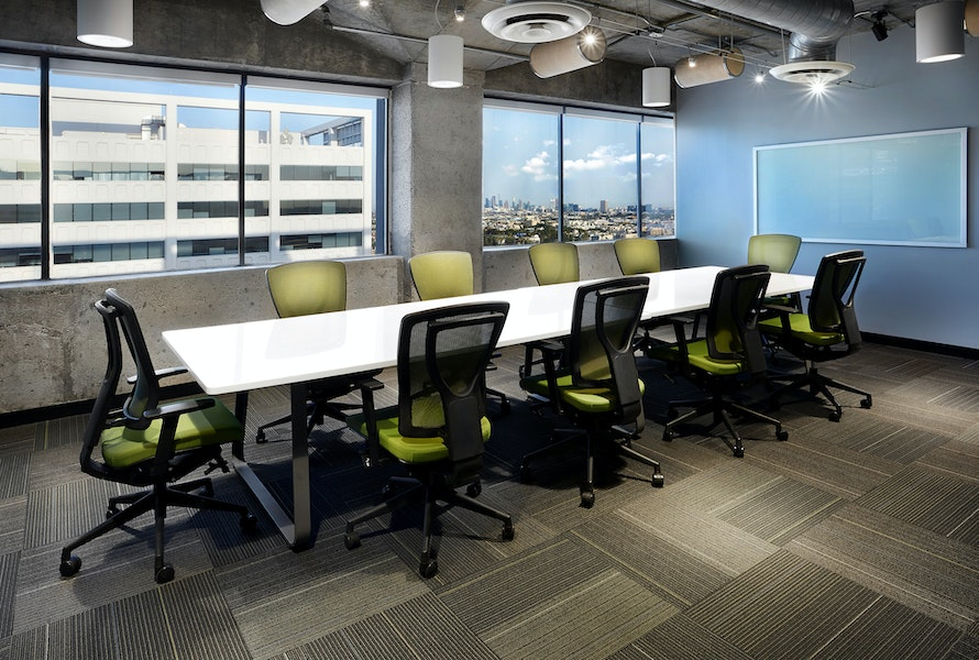 Large Conference Room - 11th Floor