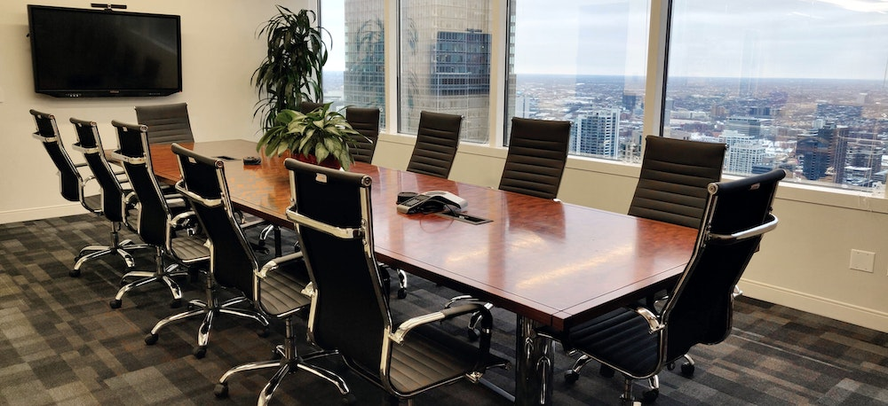 360 Degree City Views from this Impressive Boardroom Space