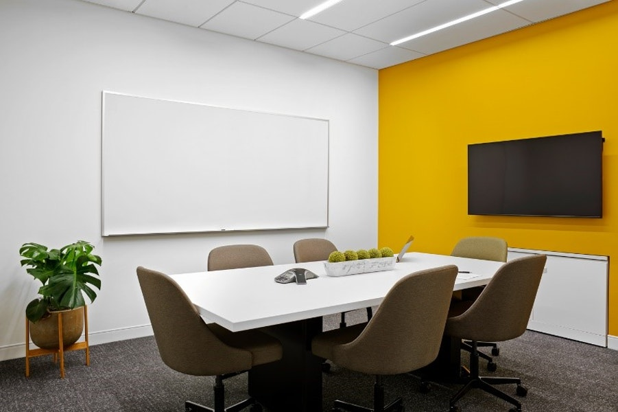 Livingston Meeting Room - up to 6 people