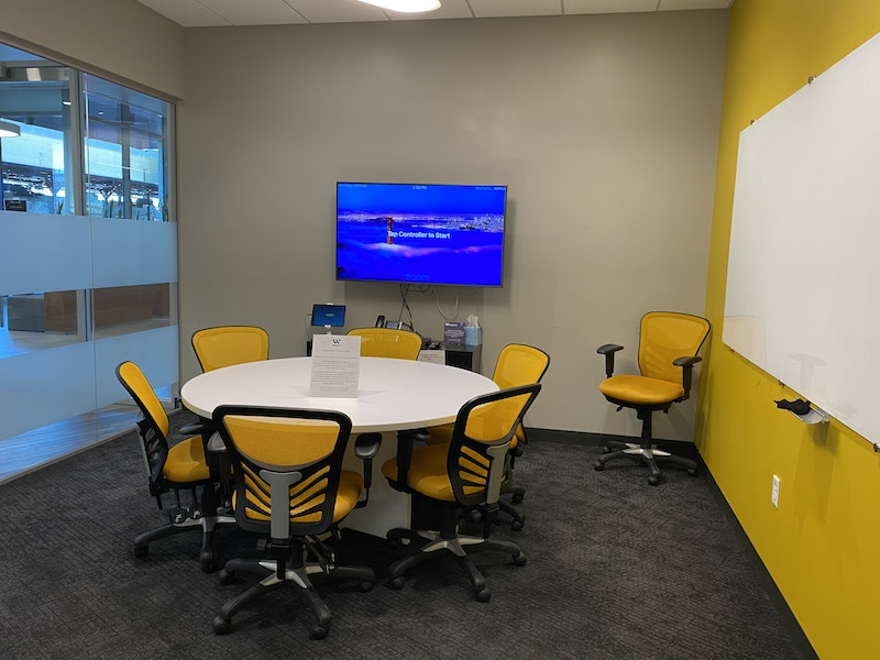 McDowell Yellow Room-Up to 6 ppl