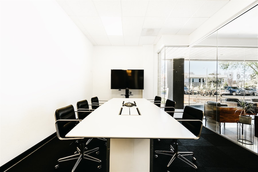 Parsec - Meeting Room for 6