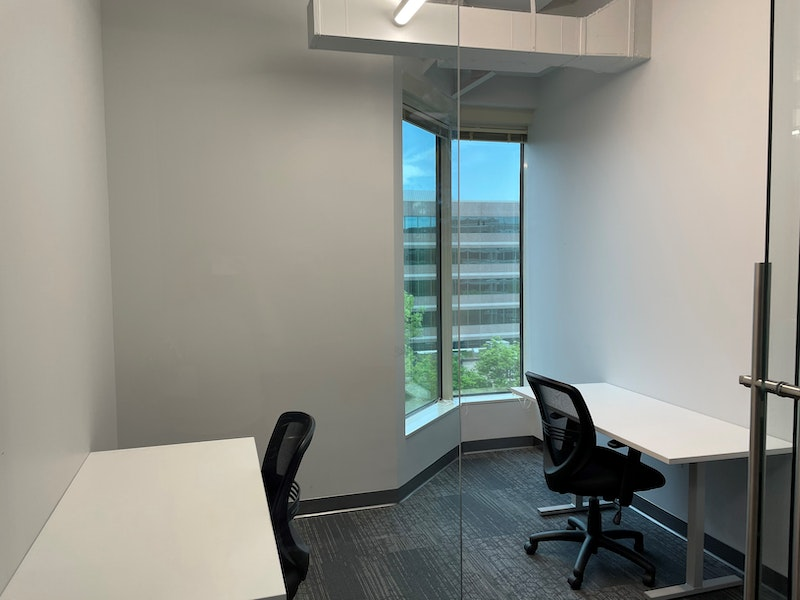 Private Office 551