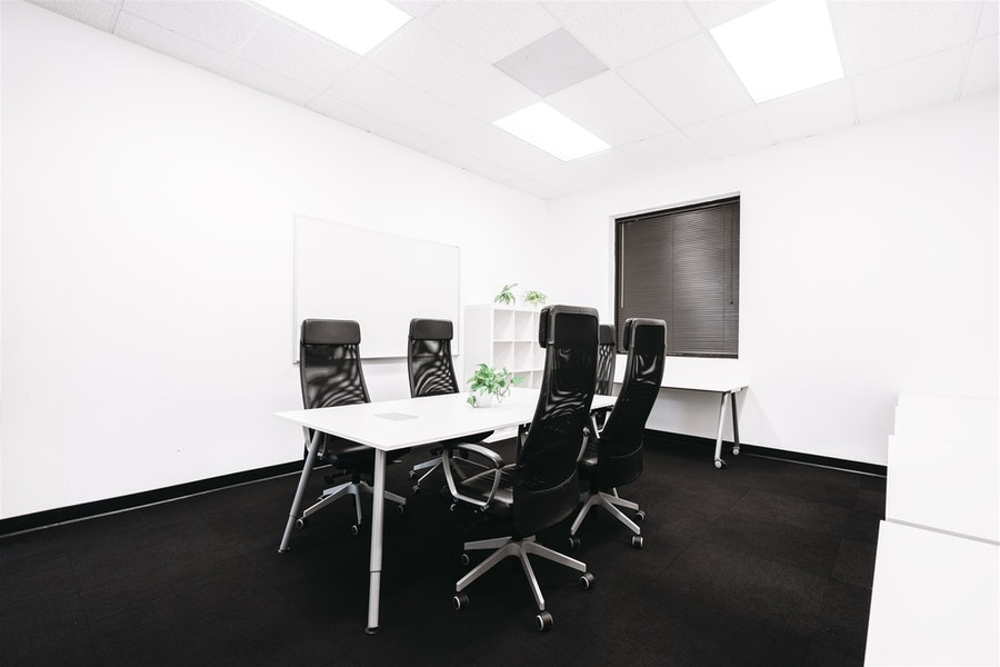 Private Office for 8