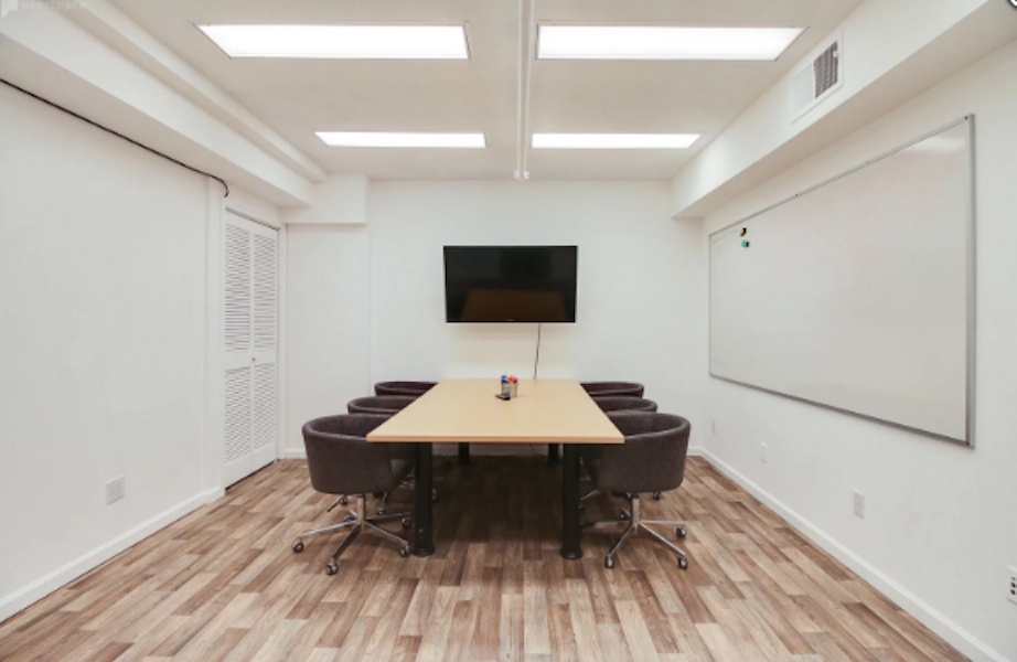 Professional Conference Room for 6