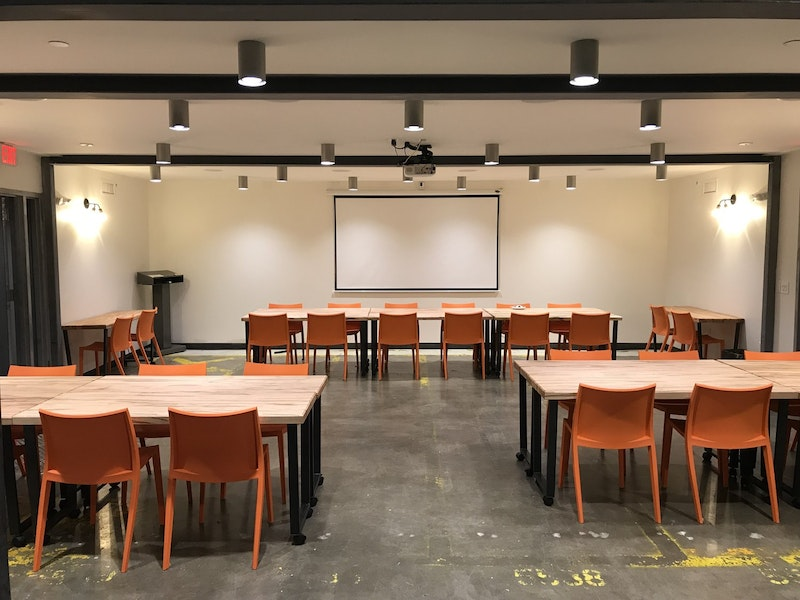 The Classroom (Training Room; 25-40 Person )