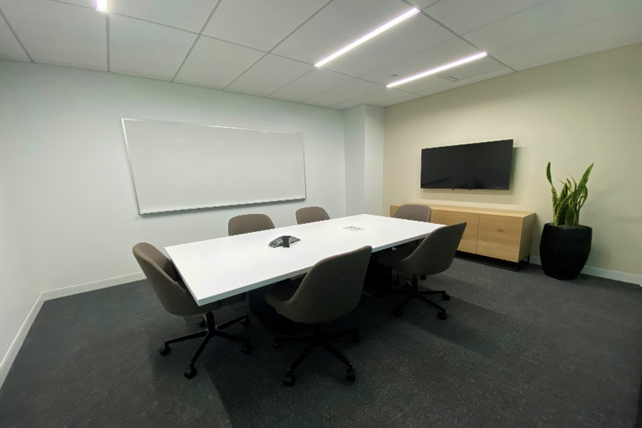 Tillary Meeting Room - up to 6 people