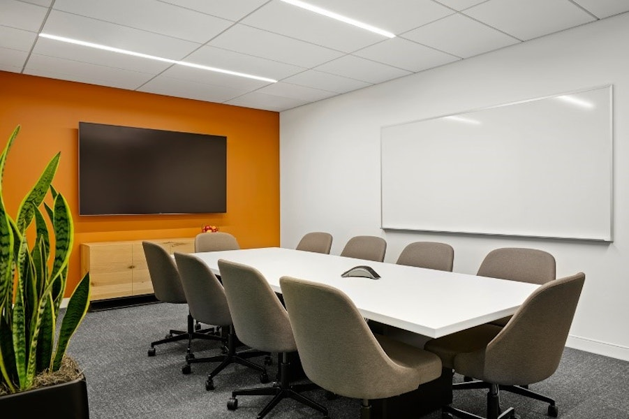 Willoughby Meeting Room - up to 10 people
