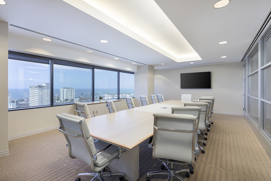 Premier Workspaces - 401 Wilshire