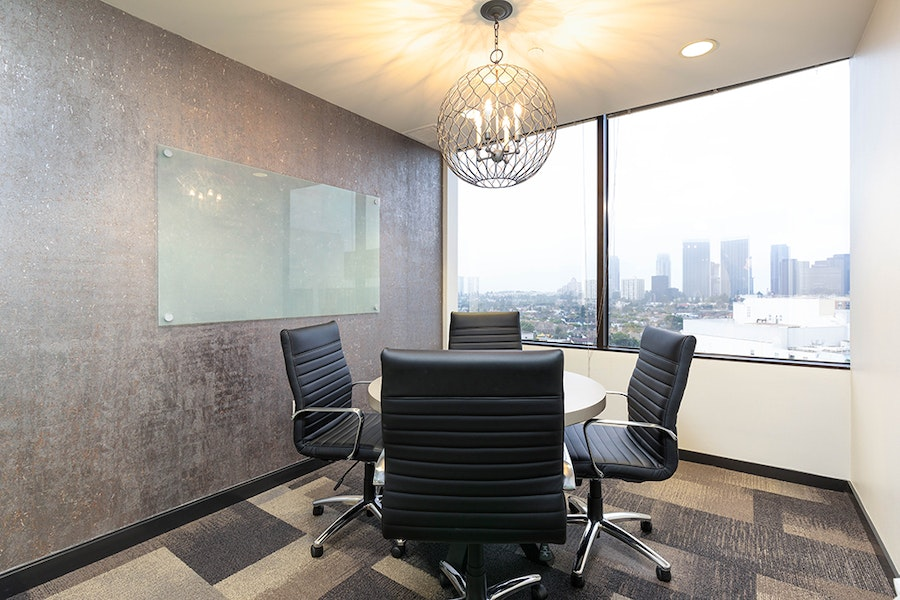 Premier Workspaces - Beverly Hills Triangle 1