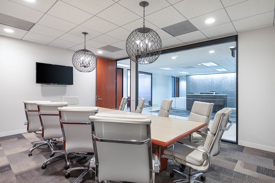 Premier Workspaces - Brentwood Wilshire Landmark