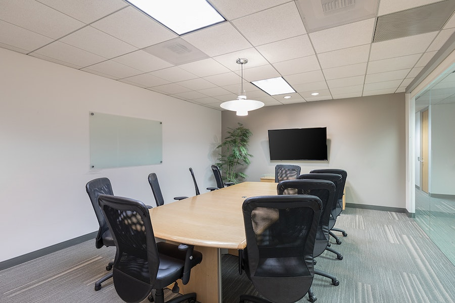Premier Workspaces - Burbank Media District