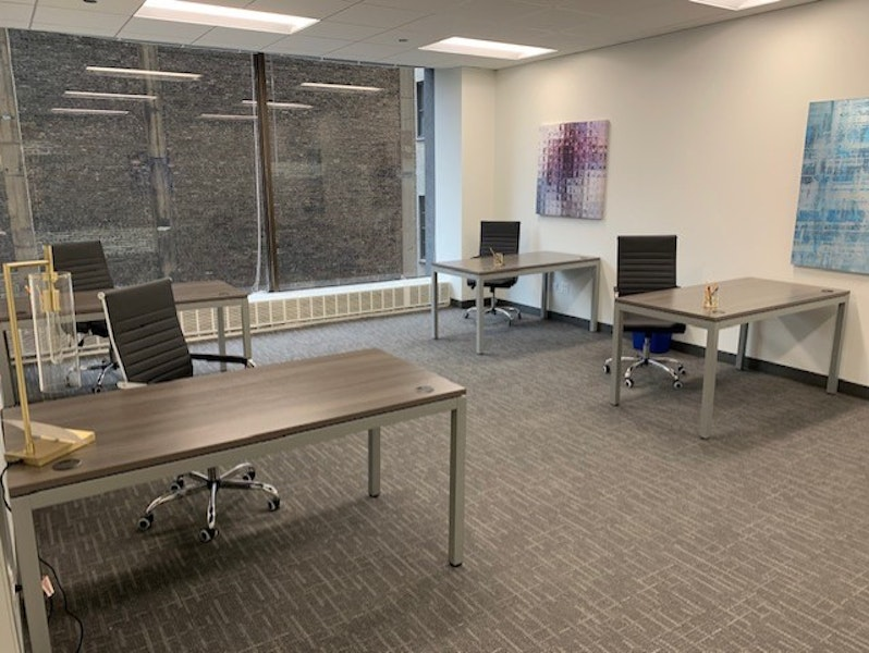 Signature Offices - 33 N. Dearborn