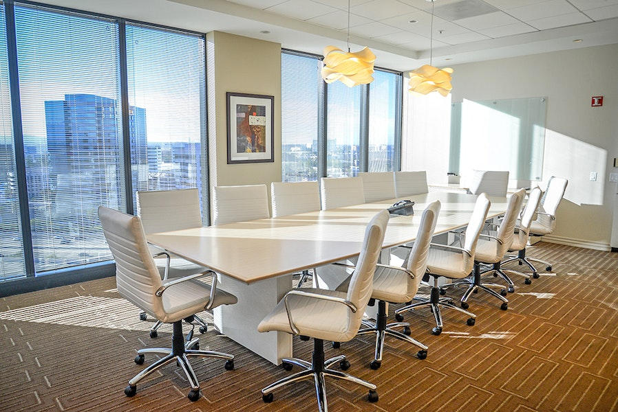 Premier Workspaces - Wells Fargo Tower